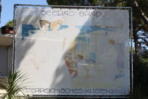 Seebad Grado. Österreichisches Küstenland - Das berühmte Bild von Josef Maria Auchentaller am Hauptstrand von Grado
